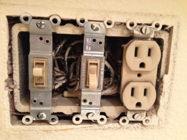 Single Pole Switch And Grounding Receptacle Wiring