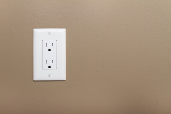 How To Test And Troubleshoot A Broken Wall Outlet