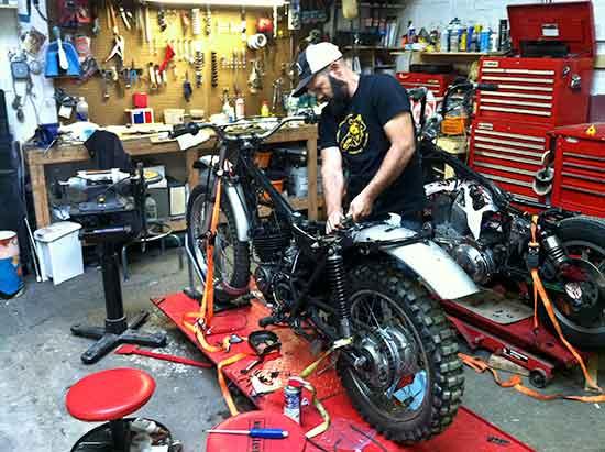 Repair  1974 Honda Mt250 Elsinore