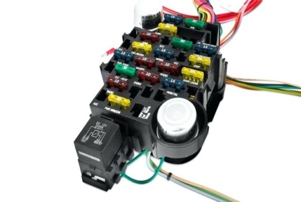 3 Amp Fused Junction Box 12v Spur Click Mode Switched Connection
