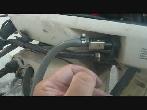 Disconnecting A Vro Oil Injection On A 1996 Johnson 60hp Outboard