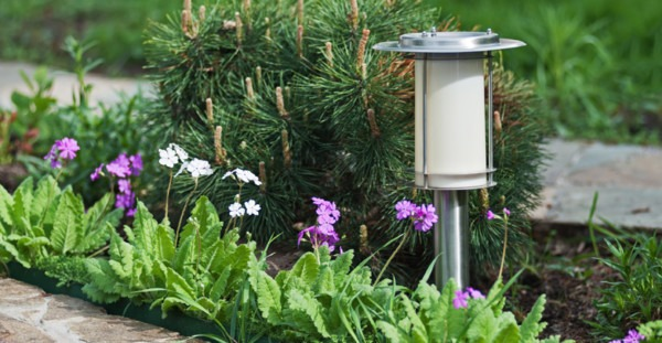 Solar Or Wired Landscape Lighting, Which Is Better