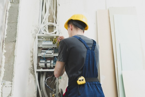Install A Concealed Electrical Wiring System