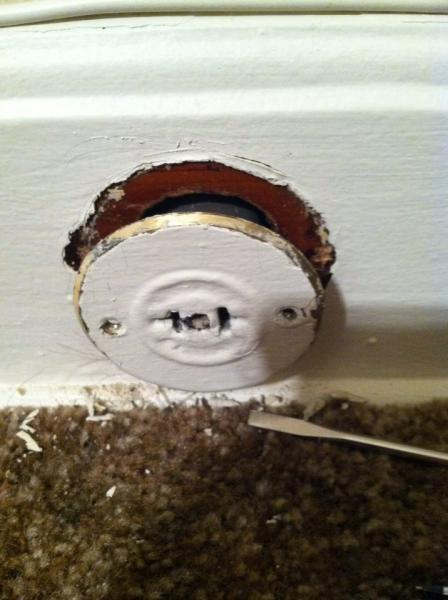 What Kind Of Electrical Outlet Is This  (old Home)