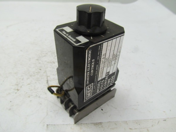 Mec Master Electronic Controls Dm0k24d5ab Time Delay Relay