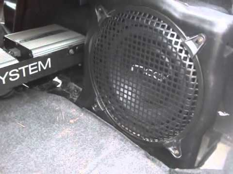 Stock   3891 Mach 1000 Speakers Subwoofer 03 Ford Mustang