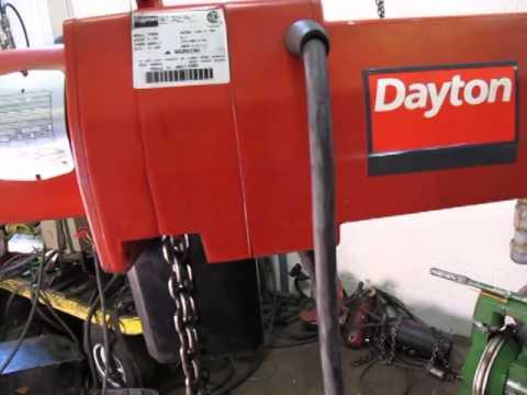 Dayton 2 Ton Electric Chain Hoist 3yb82 10 Foot Lift
