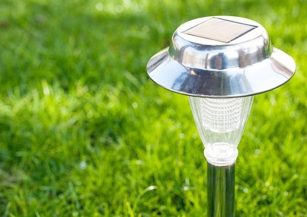 How To Maintain Solar Garden Lights