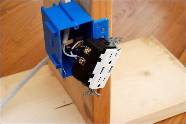 How To Upgrade Your Outlets For Usb Charging
